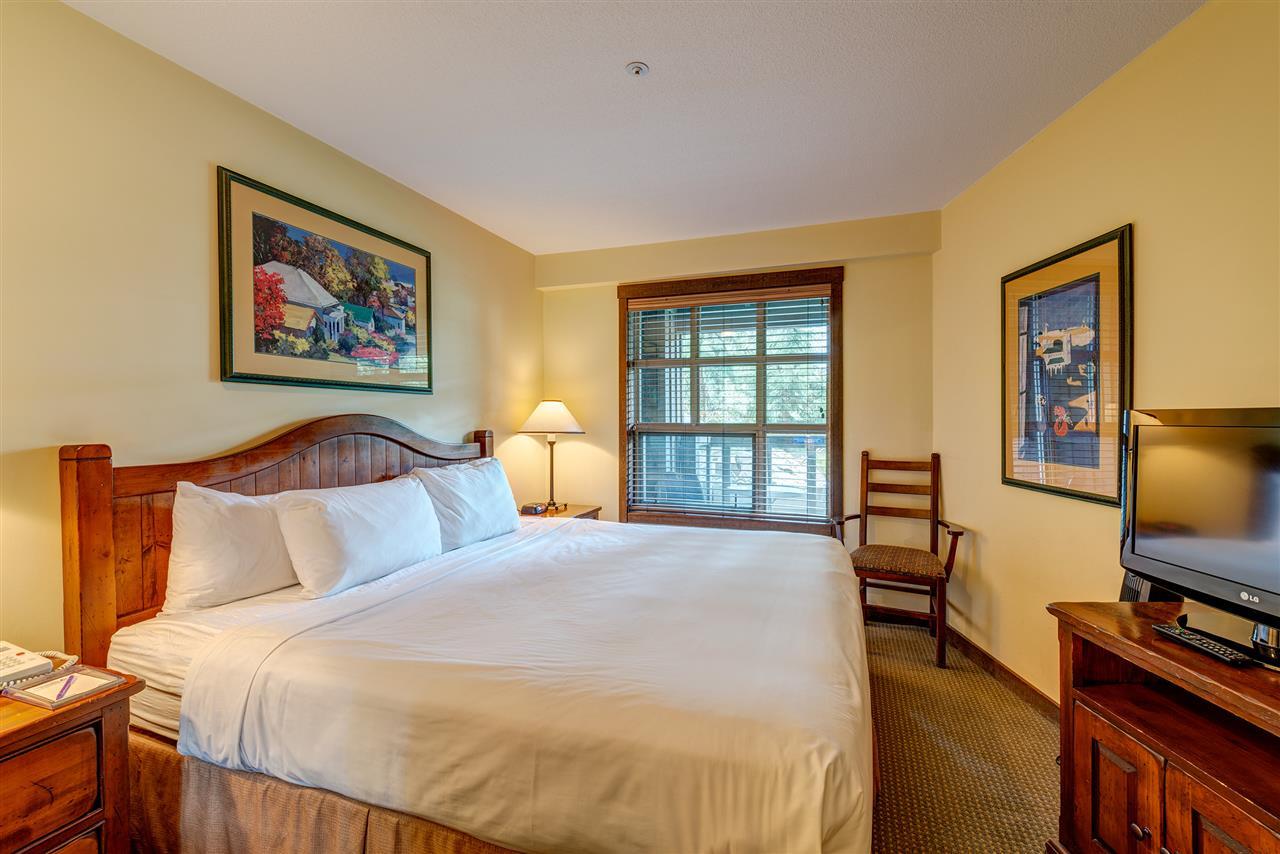 Condo Apartment at 303 4899 PAINTED CLIFF ROAD, Unit 303, Whistler, British Columbia. Image 10