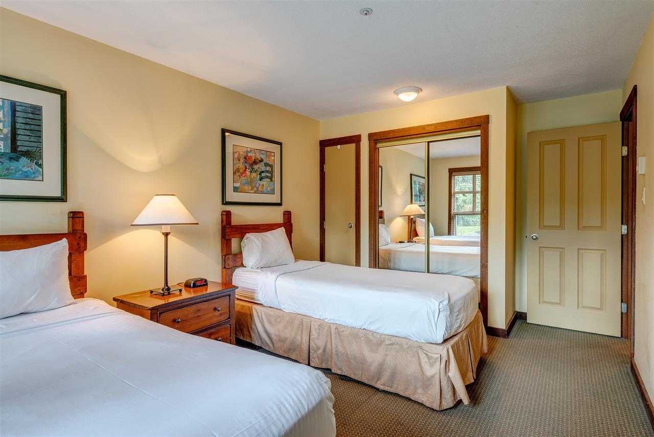 Condo Apartment at 303 4899 PAINTED CLIFF ROAD, Unit 303, Whistler, British Columbia. Image 14
