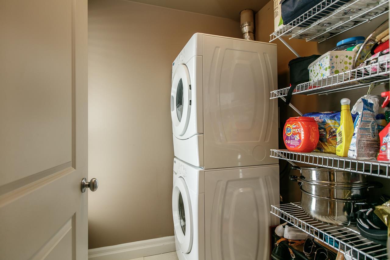 Condo Apartment at 106 2343 ATKINS AVENUE, Unit 106, Port Coquitlam, British Columbia. Image 14