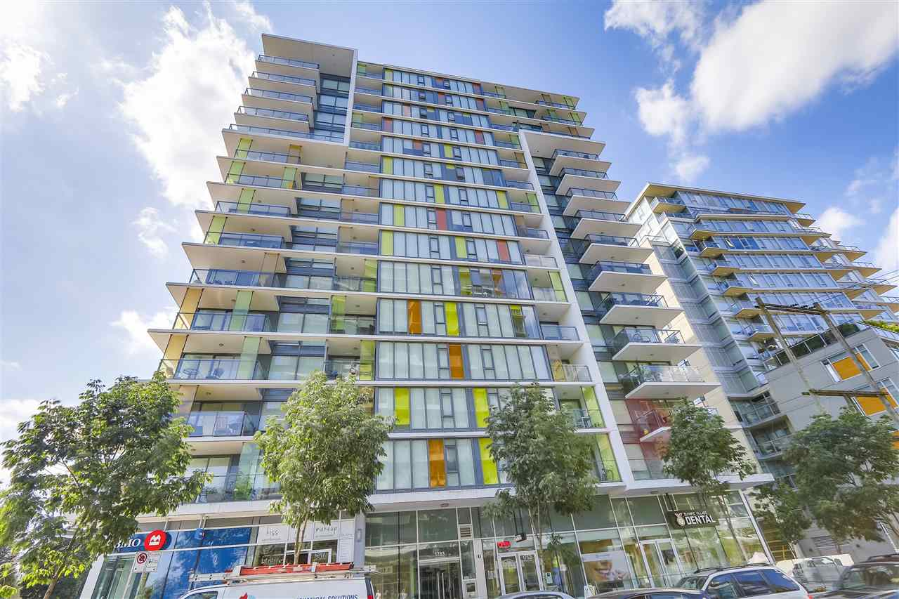 Condo Apartment at 1705 1783 MANITOBA STREET, Unit 1705, Vancouver West, British Columbia. Image 1