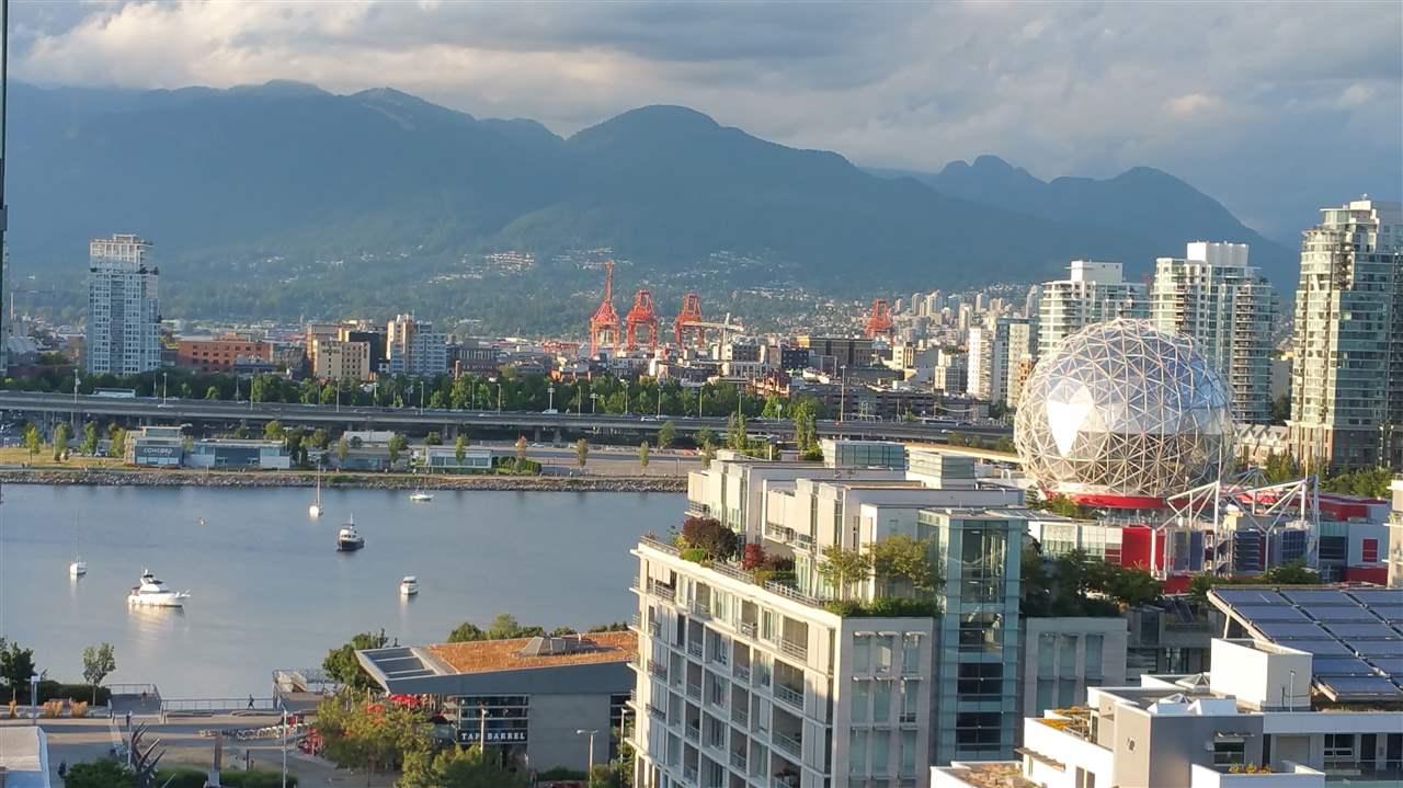 Condo Apartment at 1705 1783 MANITOBA STREET, Unit 1705, Vancouver West, British Columbia. Image 2