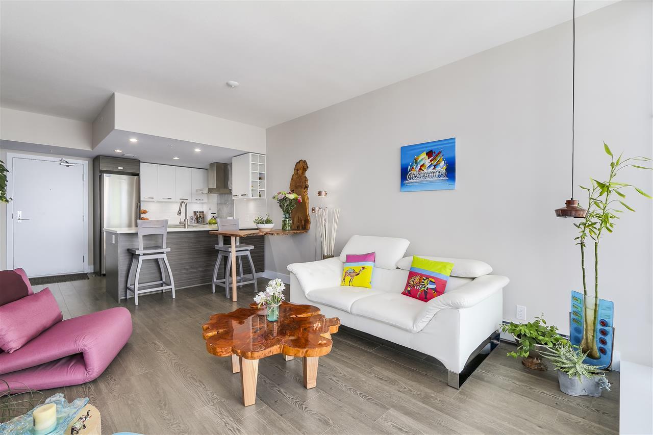 Condo Apartment at 1705 1783 MANITOBA STREET, Unit 1705, Vancouver West, British Columbia. Image 6