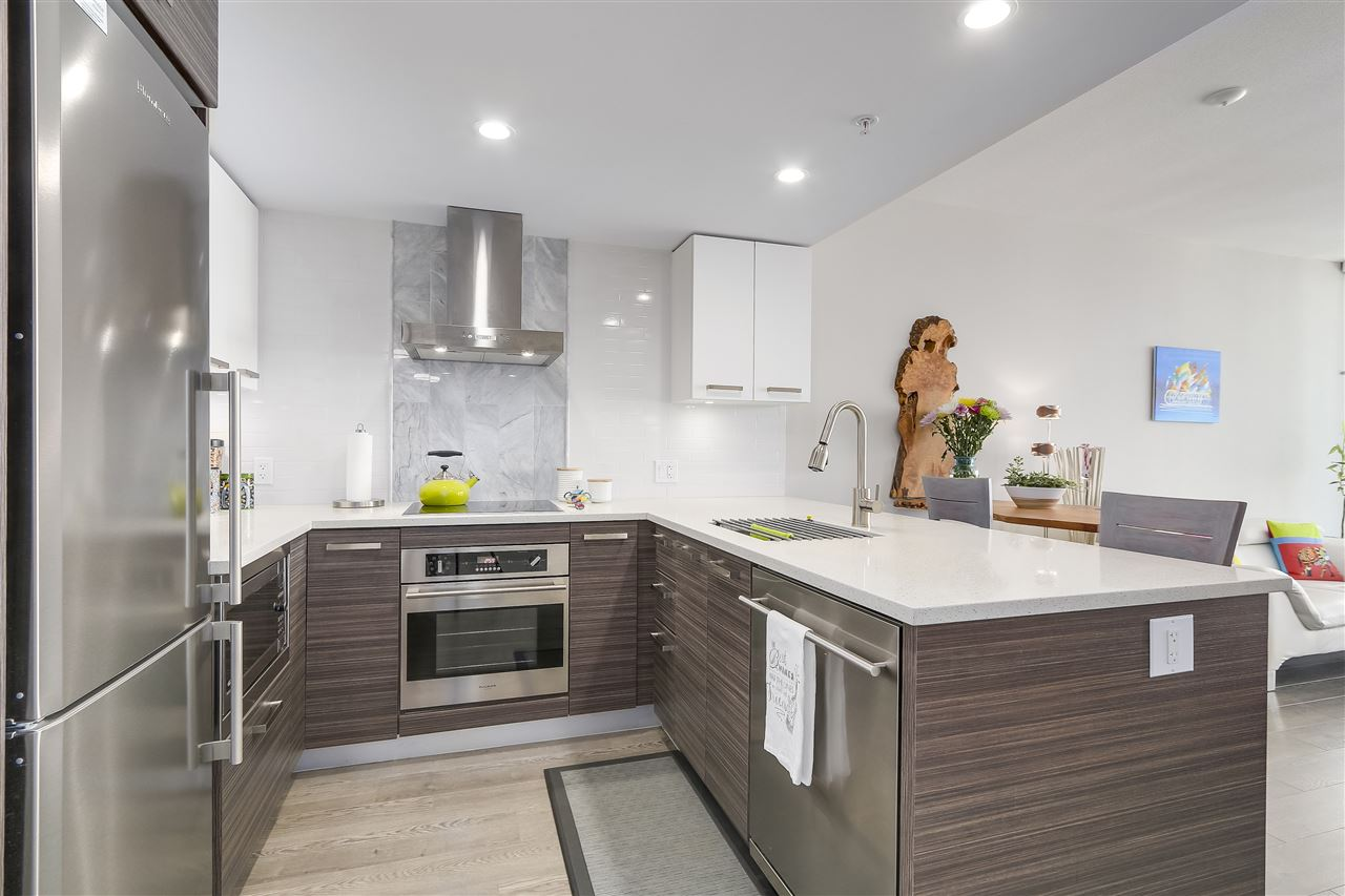 Condo Apartment at 1705 1783 MANITOBA STREET, Unit 1705, Vancouver West, British Columbia. Image 9