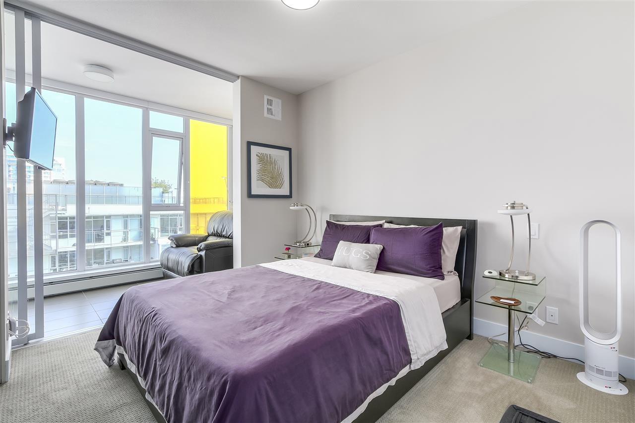 Condo Apartment at 1705 1783 MANITOBA STREET, Unit 1705, Vancouver West, British Columbia. Image 11