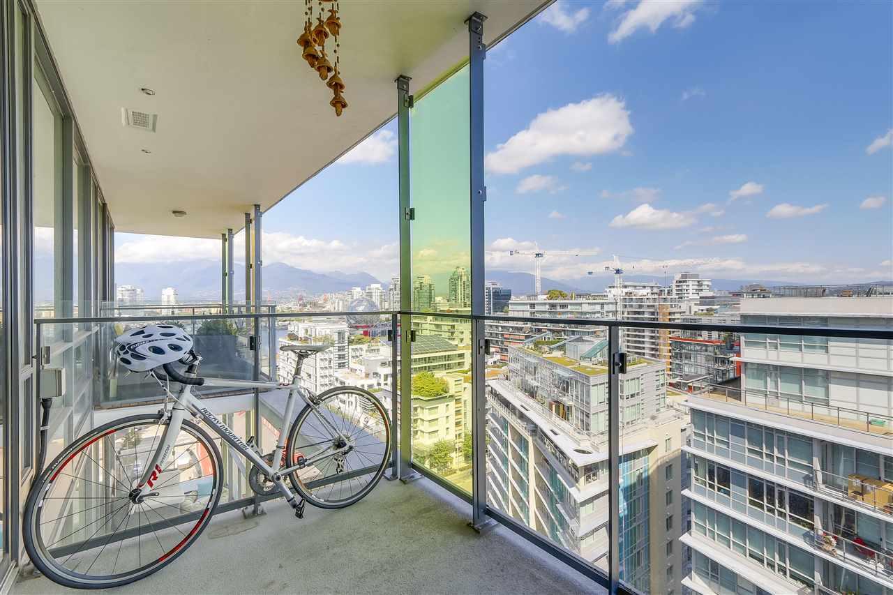 Condo Apartment at 1705 1783 MANITOBA STREET, Unit 1705, Vancouver West, British Columbia. Image 14