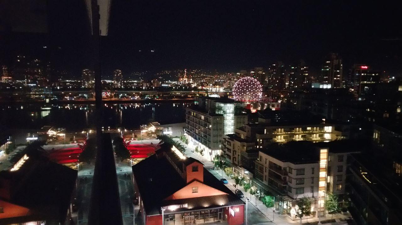 Condo Apartment at 1705 1783 MANITOBA STREET, Unit 1705, Vancouver West, British Columbia. Image 16