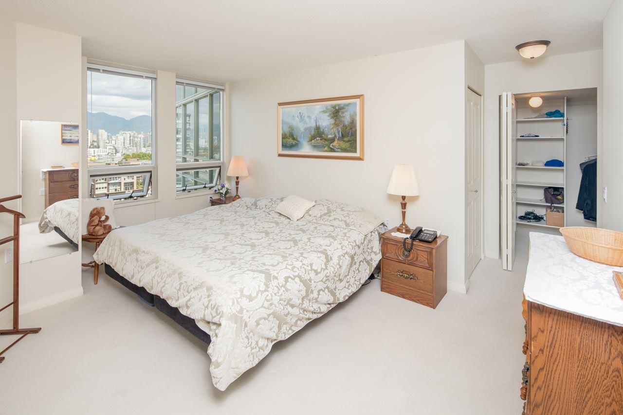 Condo Apartment at 901 1570 W 7TH AVENUE, Unit 901, Vancouver West, British Columbia. Image 6