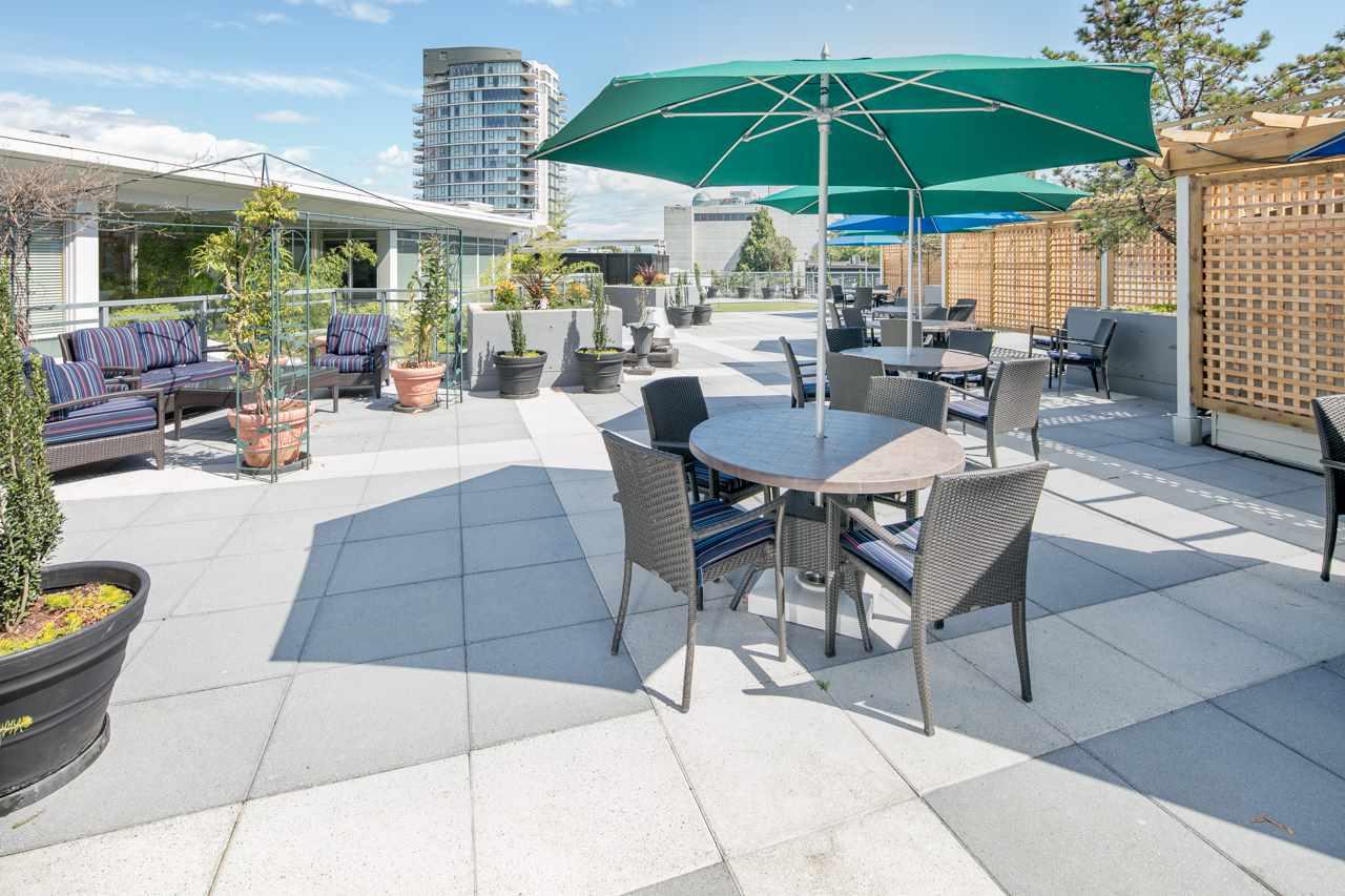 Condo Apartment at 901 1570 W 7TH AVENUE, Unit 901, Vancouver West, British Columbia. Image 15