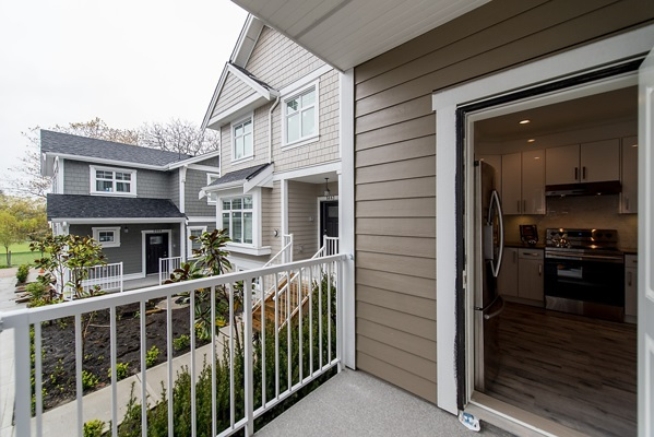 Townhouse at 5657 KILLARNEY STREET, Vancouver East, British Columbia. Image 17