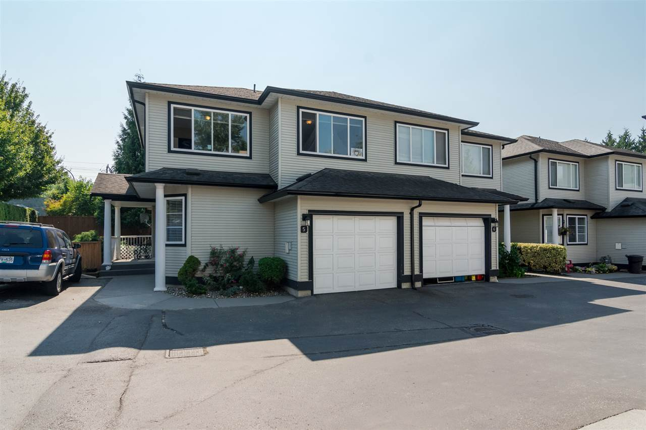 Townhouse at 5 9559 208 STREET, Unit 5, Langley, British Columbia. Image 1