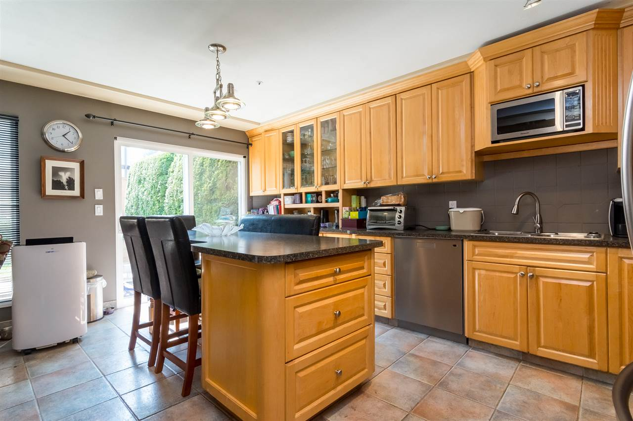 Townhouse at 5 9559 208 STREET, Unit 5, Langley, British Columbia. Image 6