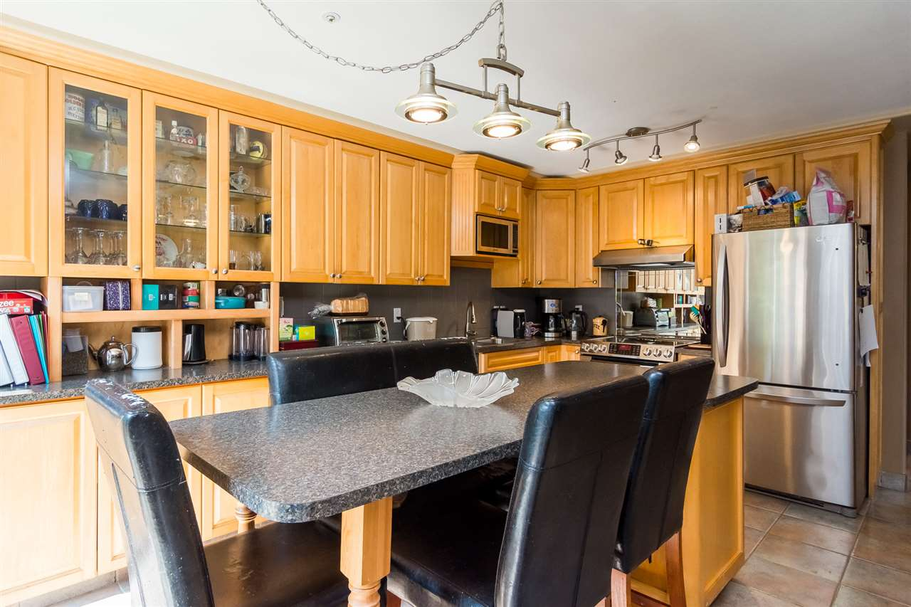 Townhouse at 5 9559 208 STREET, Unit 5, Langley, British Columbia. Image 7
