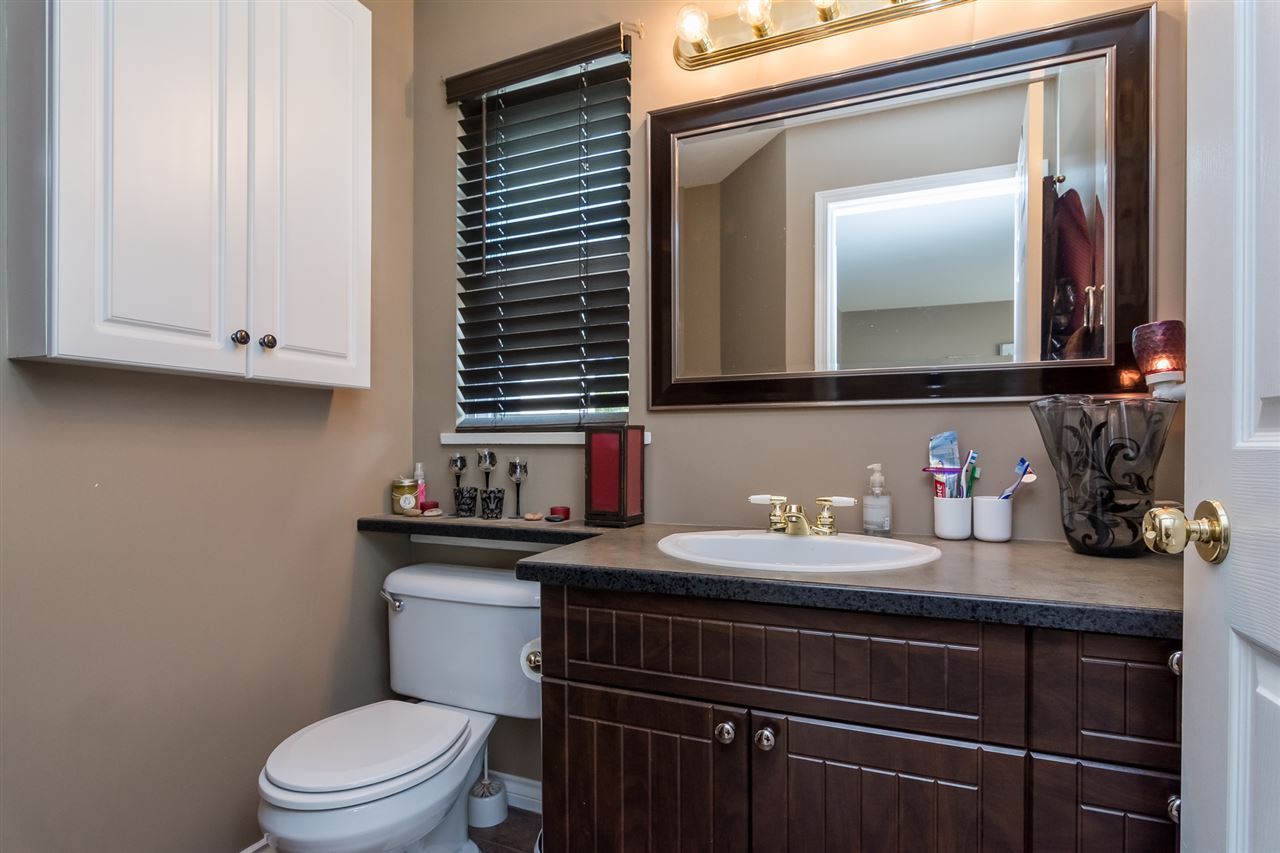 Townhouse at 5 9559 208 STREET, Unit 5, Langley, British Columbia. Image 11