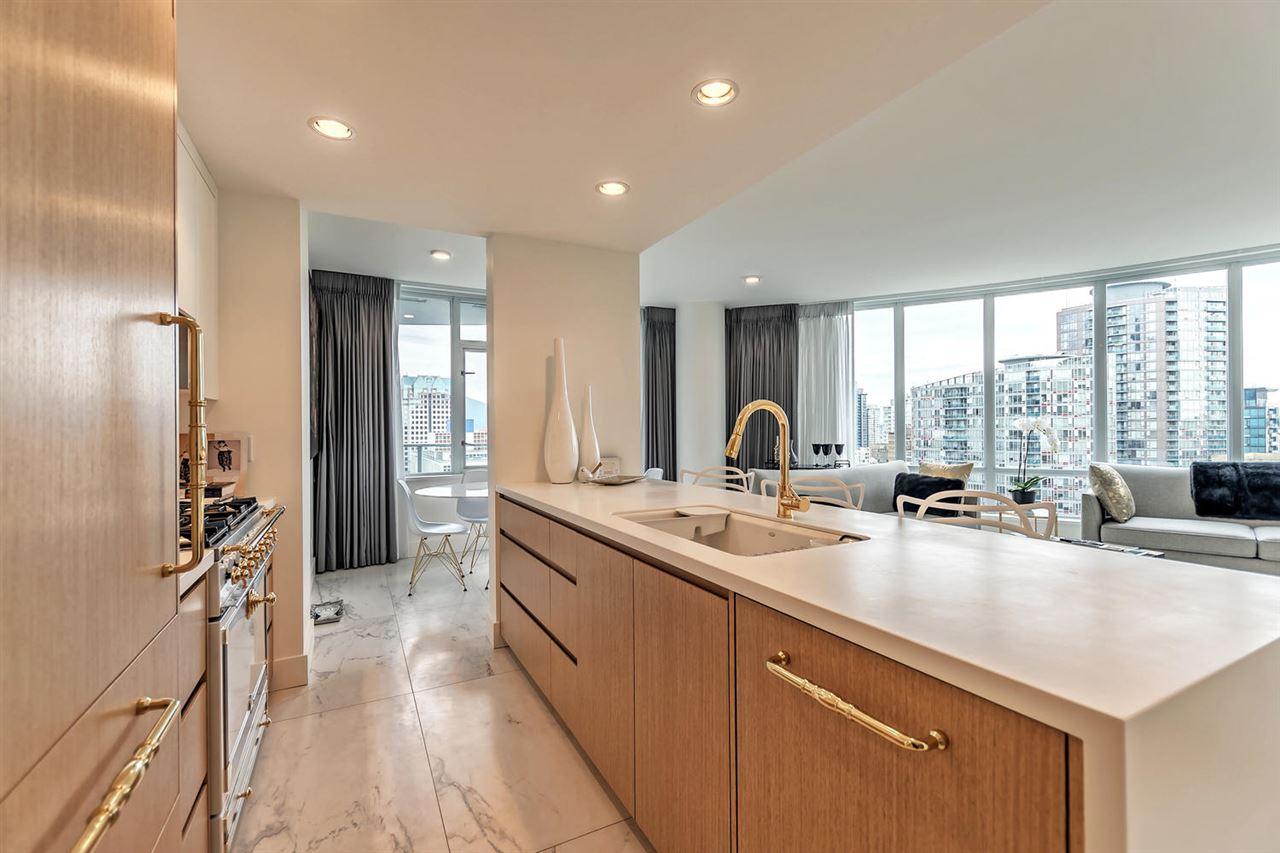 Condo Apartment at 1703 833 HOMER STREET, Unit 1703, Vancouver West, British Columbia. Image 6