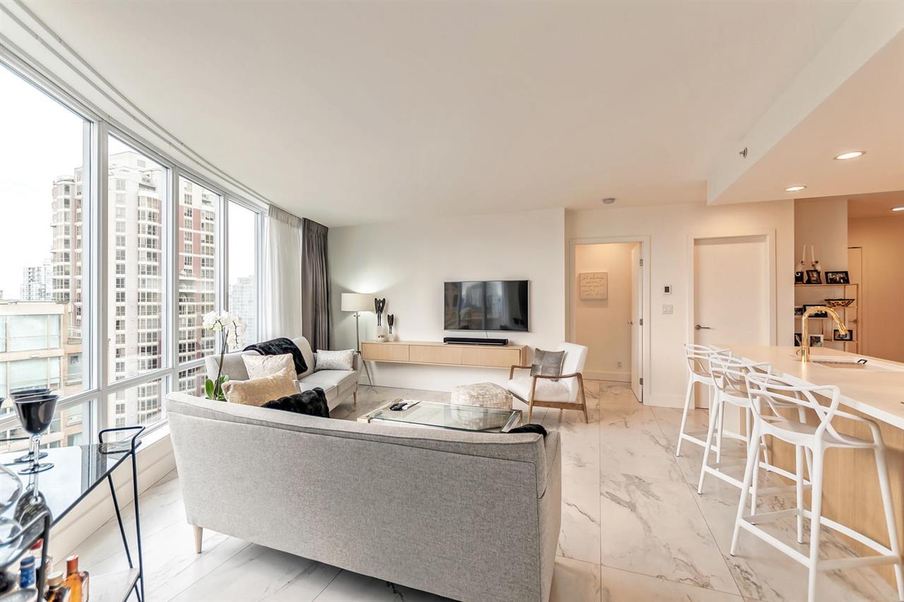 Condo Apartment at 1703 833 HOMER STREET, Unit 1703, Vancouver West, British Columbia. Image 8
