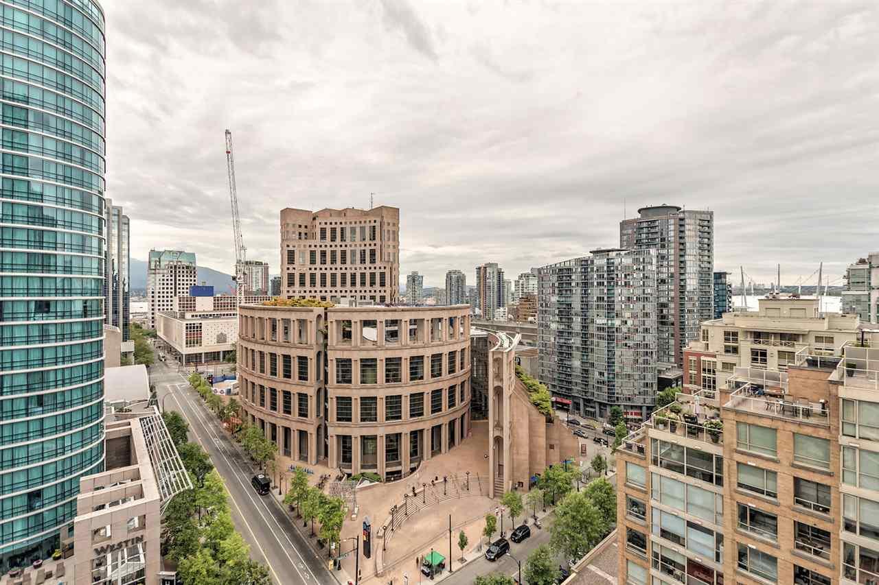 Condo Apartment at 1703 833 HOMER STREET, Unit 1703, Vancouver West, British Columbia. Image 11