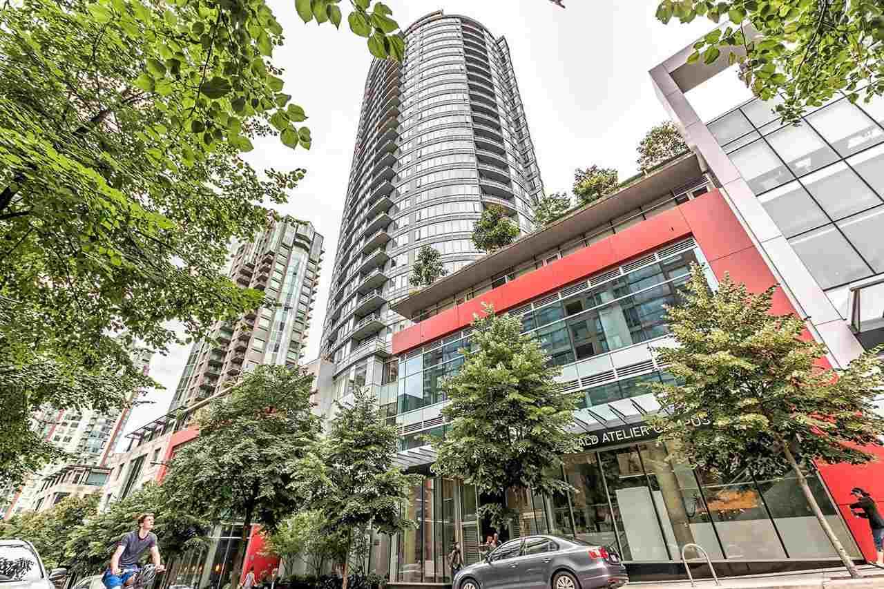 Condo Apartment at 1703 833 HOMER STREET, Unit 1703, Vancouver West, British Columbia. Image 19