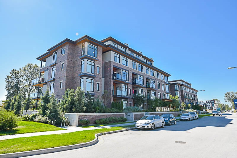Condo Apartment at 310 260 SALTER STREET, Unit 310, New Westminster, British Columbia. Image 1