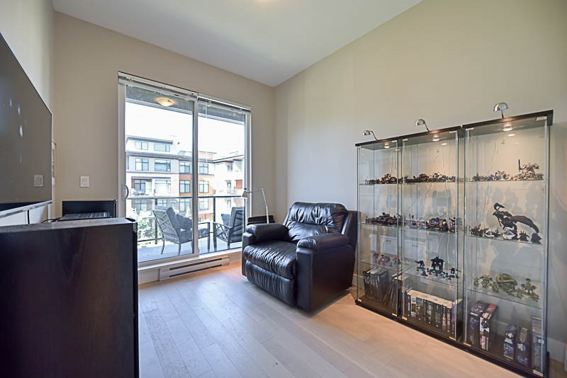 Condo Apartment at 310 260 SALTER STREET, Unit 310, New Westminster, British Columbia. Image 7