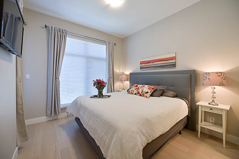 Condo Apartment at 310 260 SALTER STREET, Unit 310, New Westminster, British Columbia. Image 9