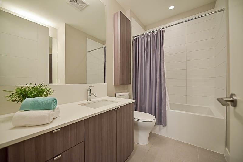 Condo Apartment at 310 260 SALTER STREET, Unit 310, New Westminster, British Columbia. Image 11