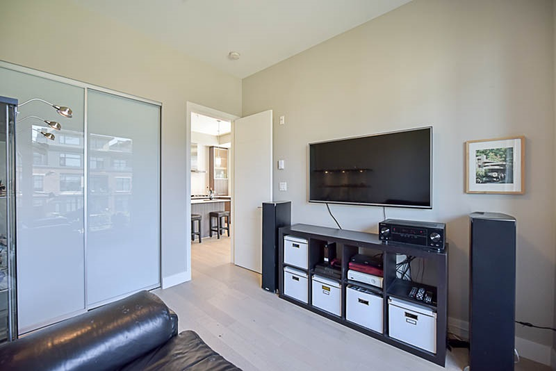 Condo Apartment at 310 260 SALTER STREET, Unit 310, New Westminster, British Columbia. Image 14