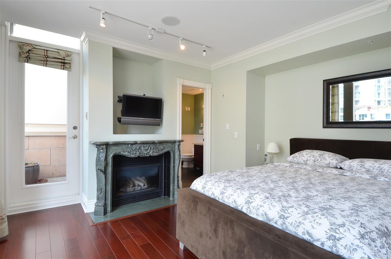 Condo Apartment at PH601 499 DRAKE STREET, Unit PH601, Vancouver West, British Columbia. Image 12