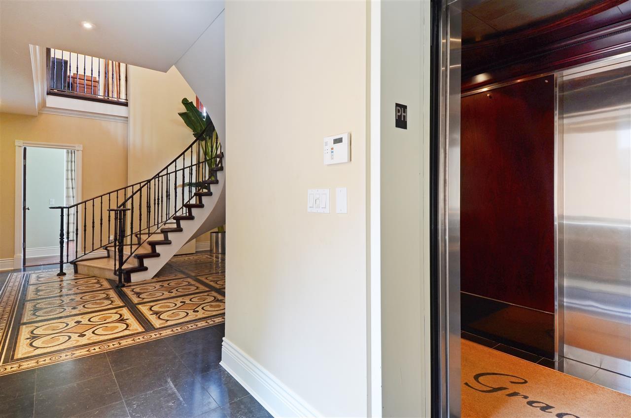 Condo Apartment at PH601 499 DRAKE STREET, Unit PH601, Vancouver West, British Columbia. Image 14