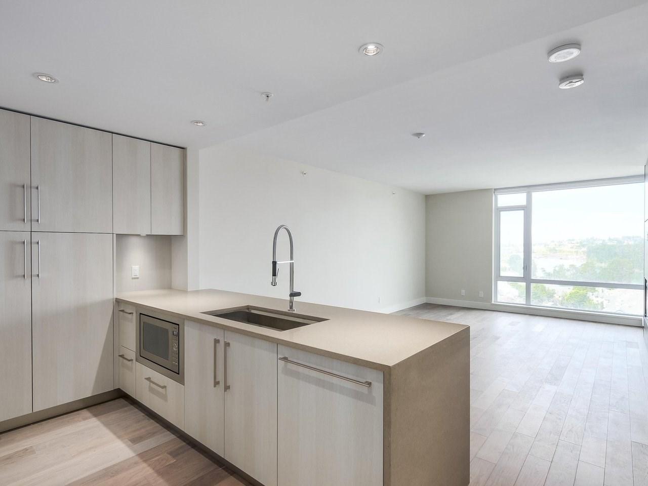 Condo Apartment at 1602 210 SALTER STREET, Unit 1602, New Westminster, British Columbia. Image 3
