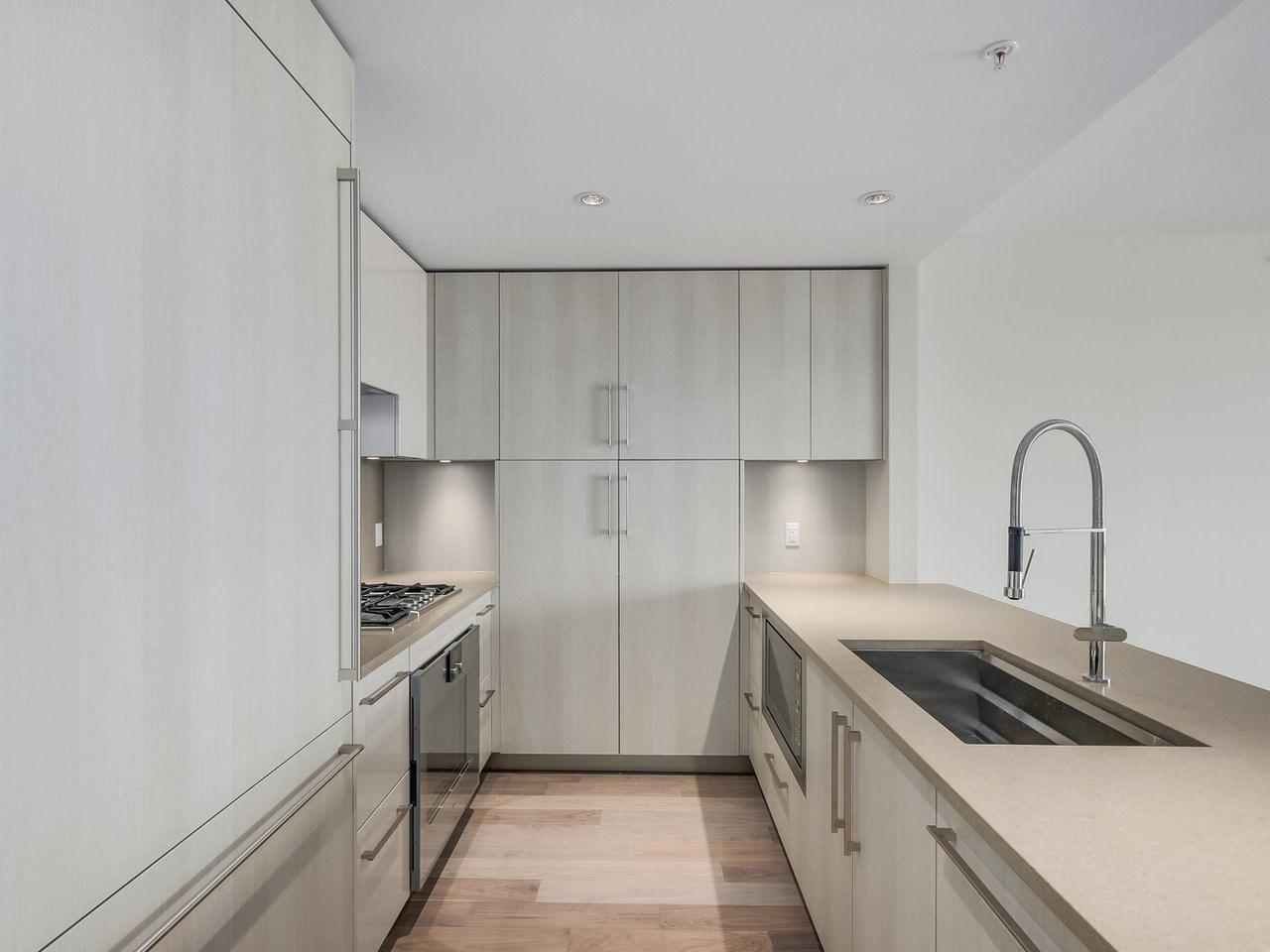 Condo Apartment at 1602 210 SALTER STREET, Unit 1602, New Westminster, British Columbia. Image 4