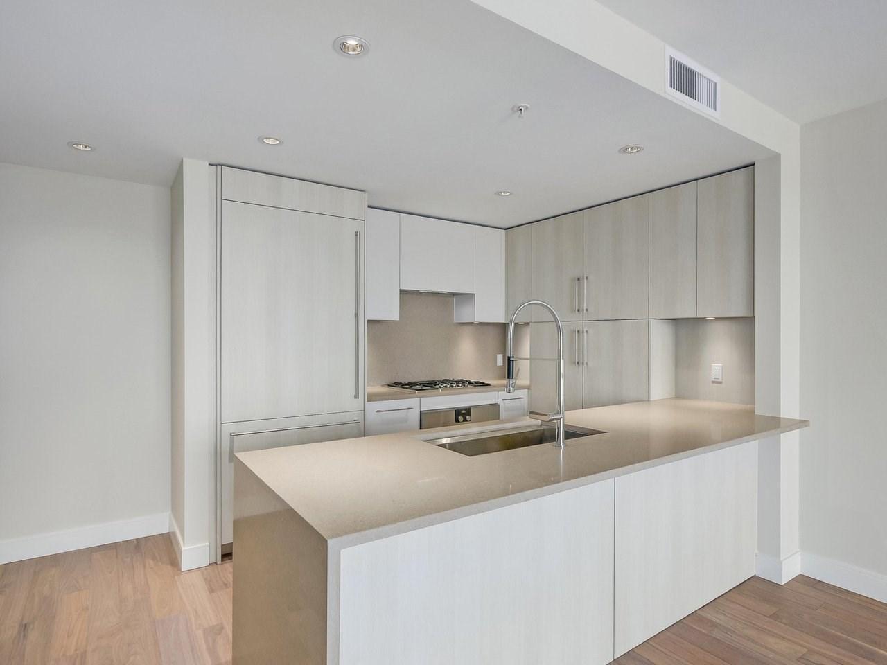 Condo Apartment at 1602 210 SALTER STREET, Unit 1602, New Westminster, British Columbia. Image 5