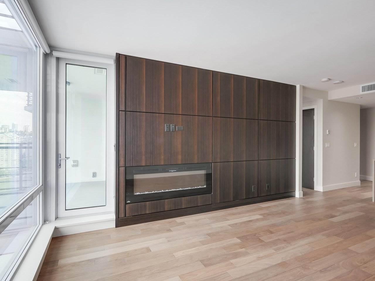 Condo Apartment at 1602 210 SALTER STREET, Unit 1602, New Westminster, British Columbia. Image 9
