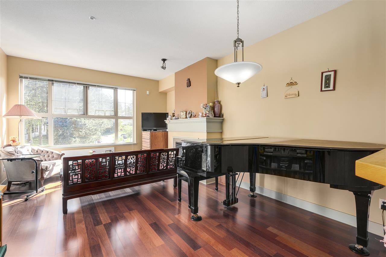 Condo Apartment at 2210 4625 VALLEY DRIVE, Unit 2210, Vancouver West, British Columbia. Image 4