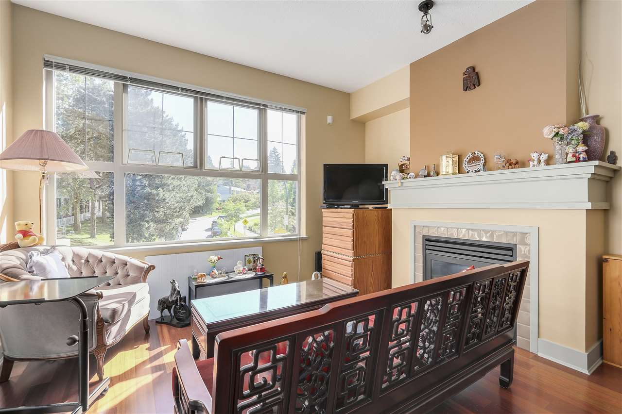 Condo Apartment at 2210 4625 VALLEY DRIVE, Unit 2210, Vancouver West, British Columbia. Image 5