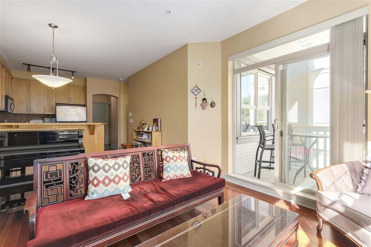 Condo Apartment at 2210 4625 VALLEY DRIVE, Unit 2210, Vancouver West, British Columbia. Image 8