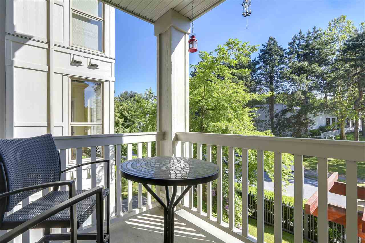 Condo Apartment at 2210 4625 VALLEY DRIVE, Unit 2210, Vancouver West, British Columbia. Image 9