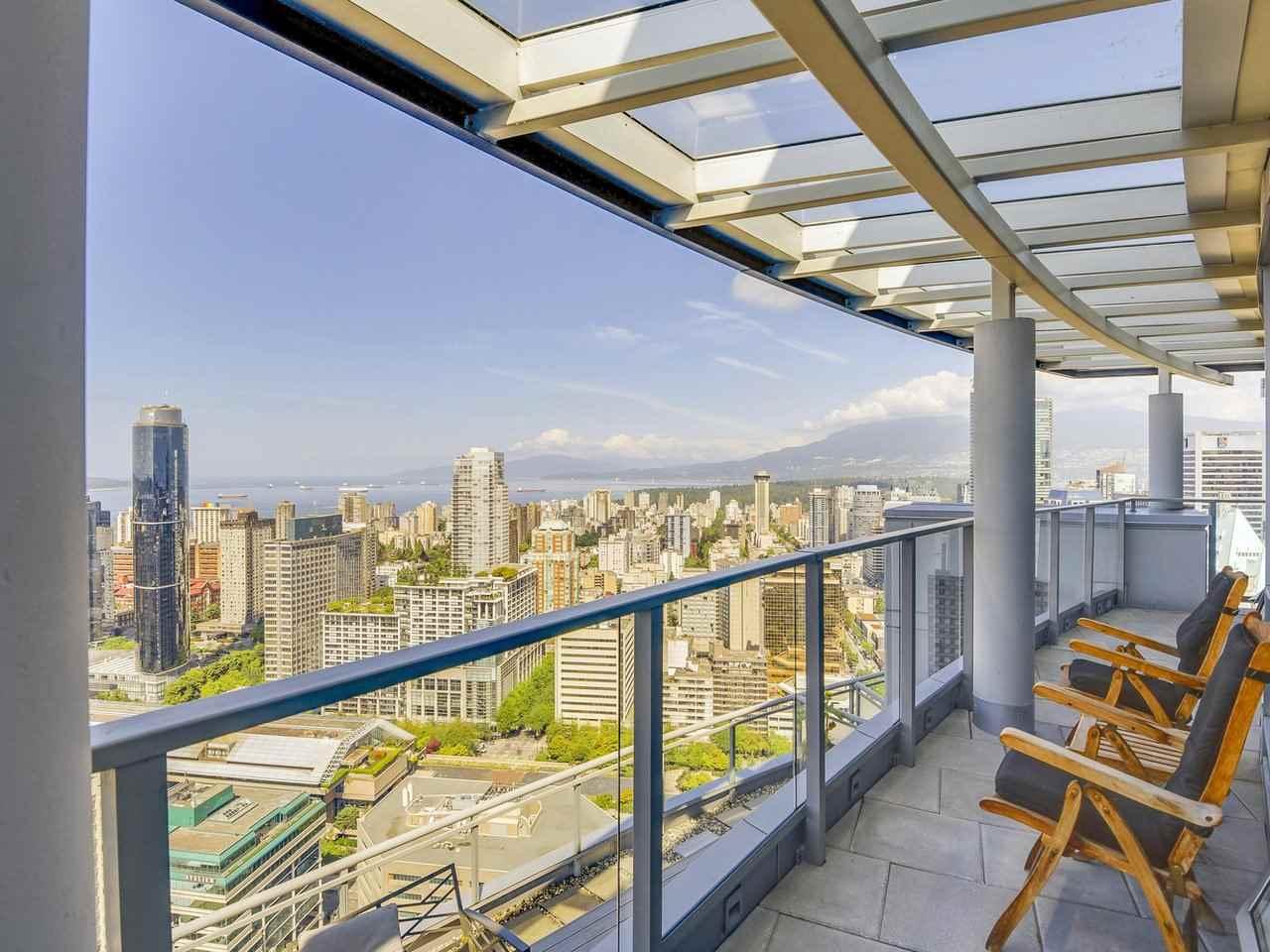 Condo Apartment at PH3 833 SEYMOUR STREET, Unit PH3, Vancouver West, British Columbia. Image 1