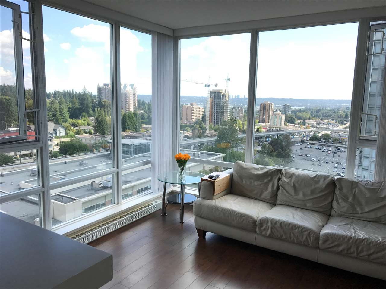 Condo Apartment at 1610 9868 CAMERON STREET, Unit 1610, Burnaby North, British Columbia. Image 2