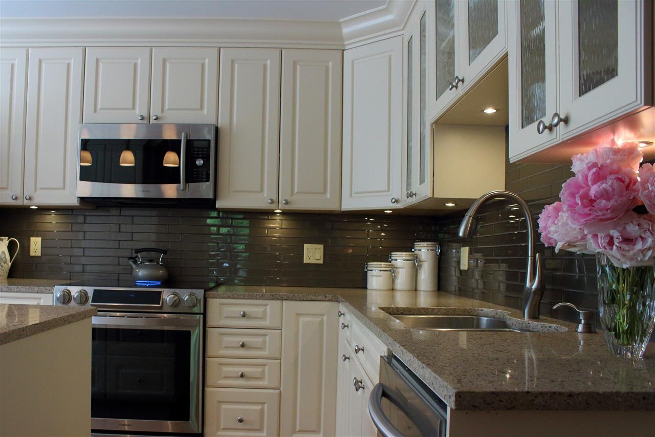 Condo Apartment at 16 1442 FOSTER STREET, Unit 16, South Surrey White Rock, British Columbia. Image 8
