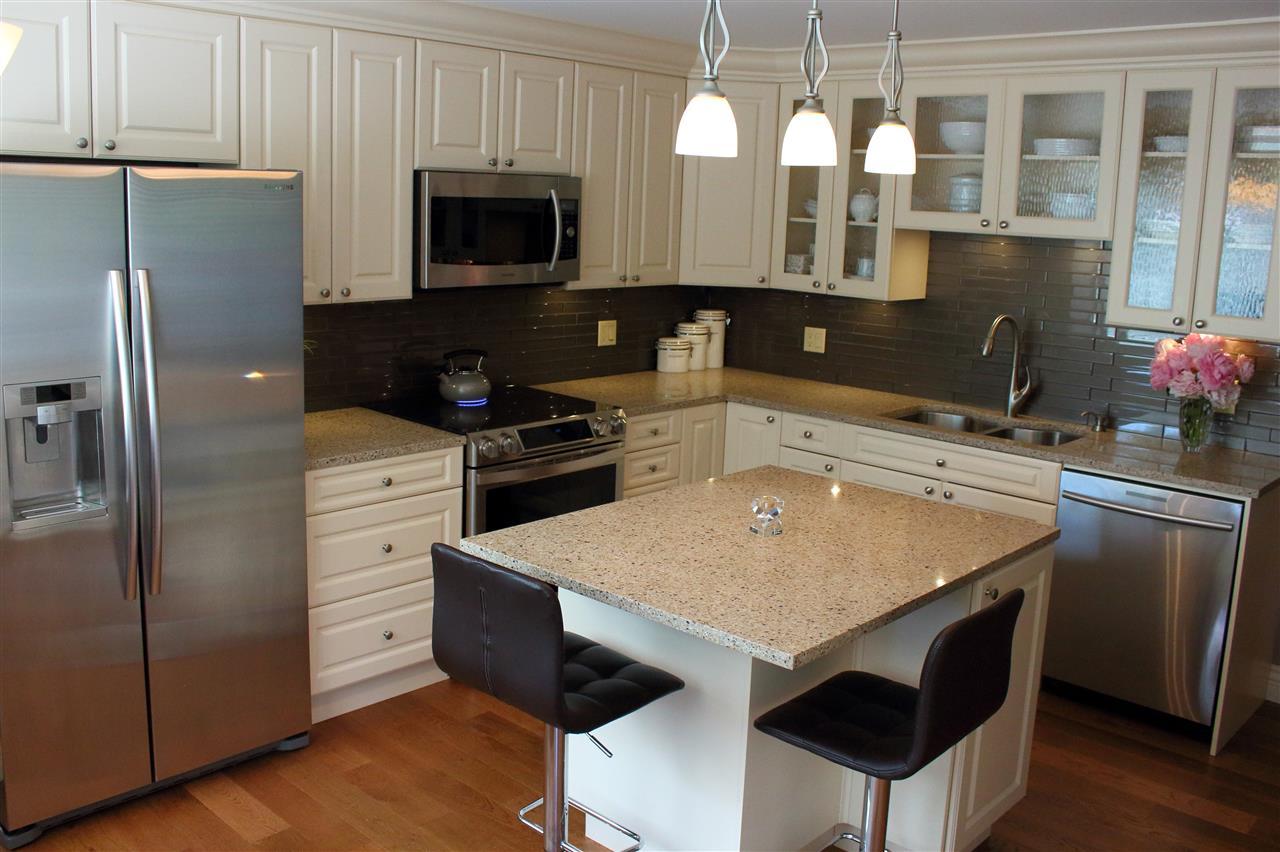 Condo Apartment at 16 1442 FOSTER STREET, Unit 16, South Surrey White Rock, British Columbia. Image 9