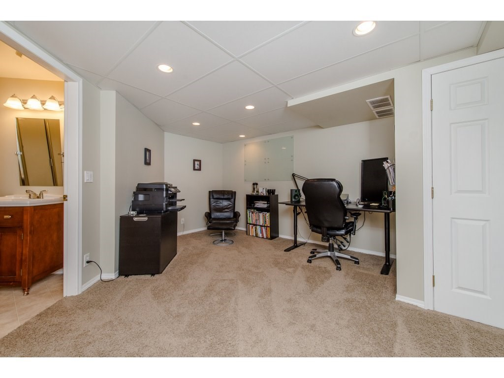 Townhouse at 123 3080 TOWNLINE ROAD, Unit 123, Abbotsford, British Columbia. Image 16