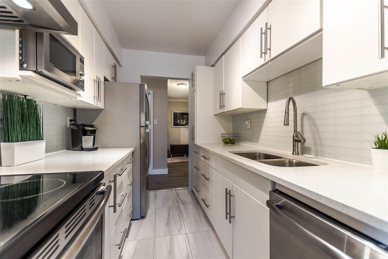 Condo Apartment at 102 610 THIRD AVENUE, Unit 102, New Westminster, British Columbia. Image 1