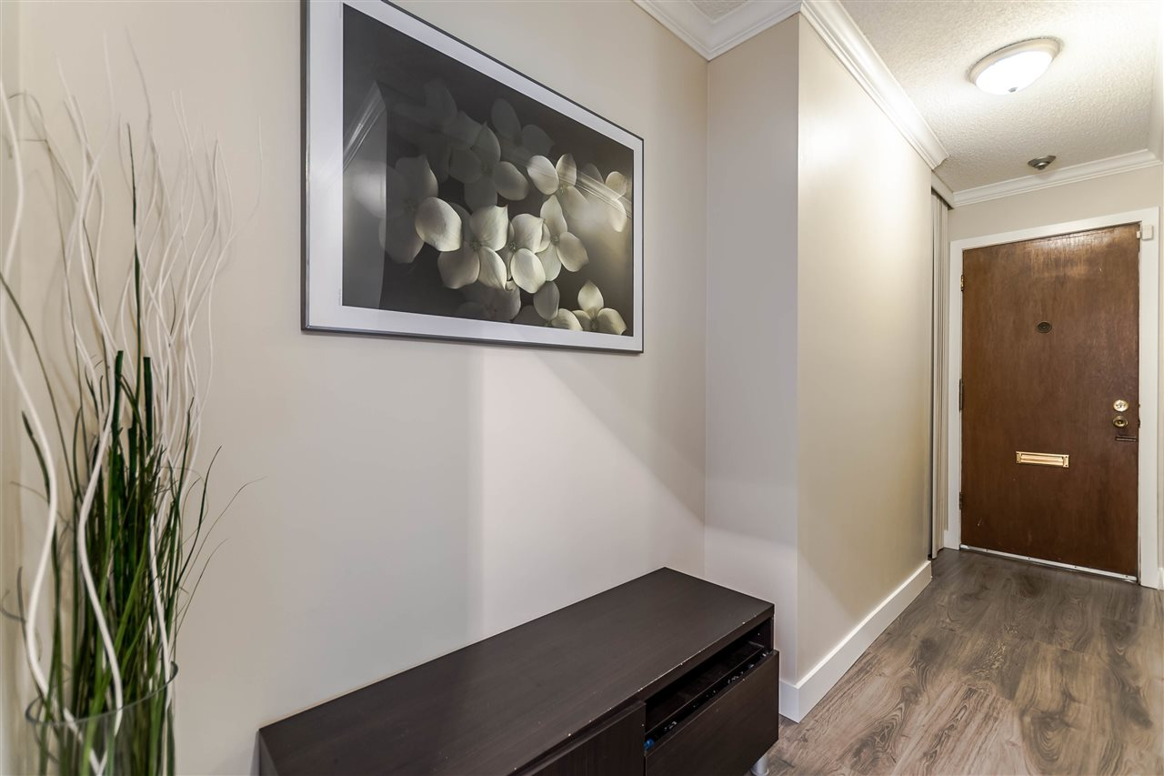 Condo Apartment at 102 610 THIRD AVENUE, Unit 102, New Westminster, British Columbia. Image 4