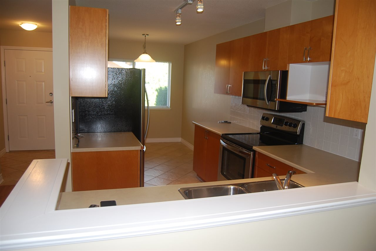 Townhouse at 64 17516 4 AVENUE, Unit 64, South Surrey White Rock, British Columbia. Image 5