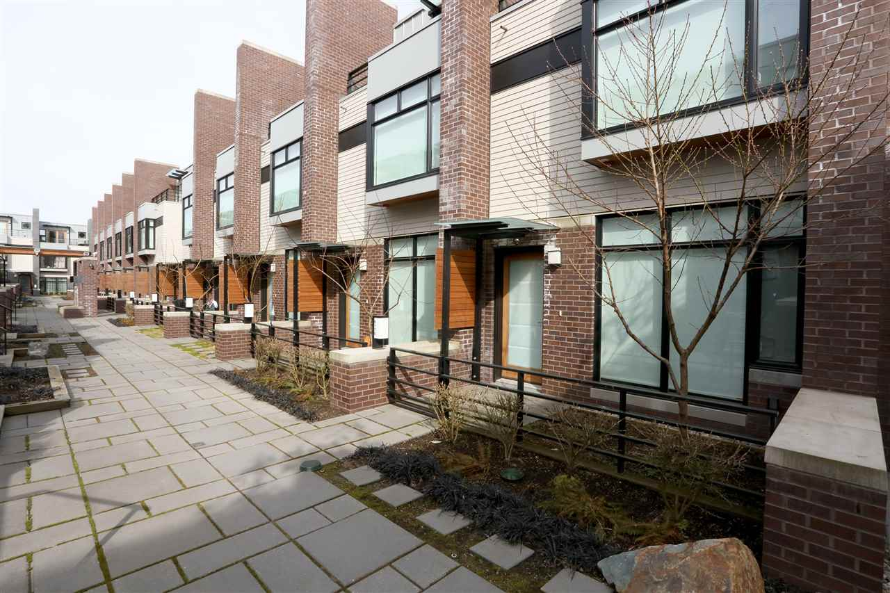 Townhouse at 6174 OAK STREET, Vancouver West, British Columbia. Image 1