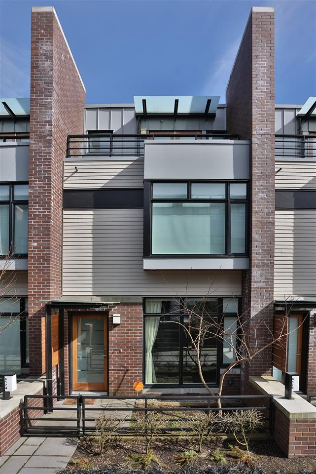 Townhouse at 6174 OAK STREET, Vancouver West, British Columbia. Image 2