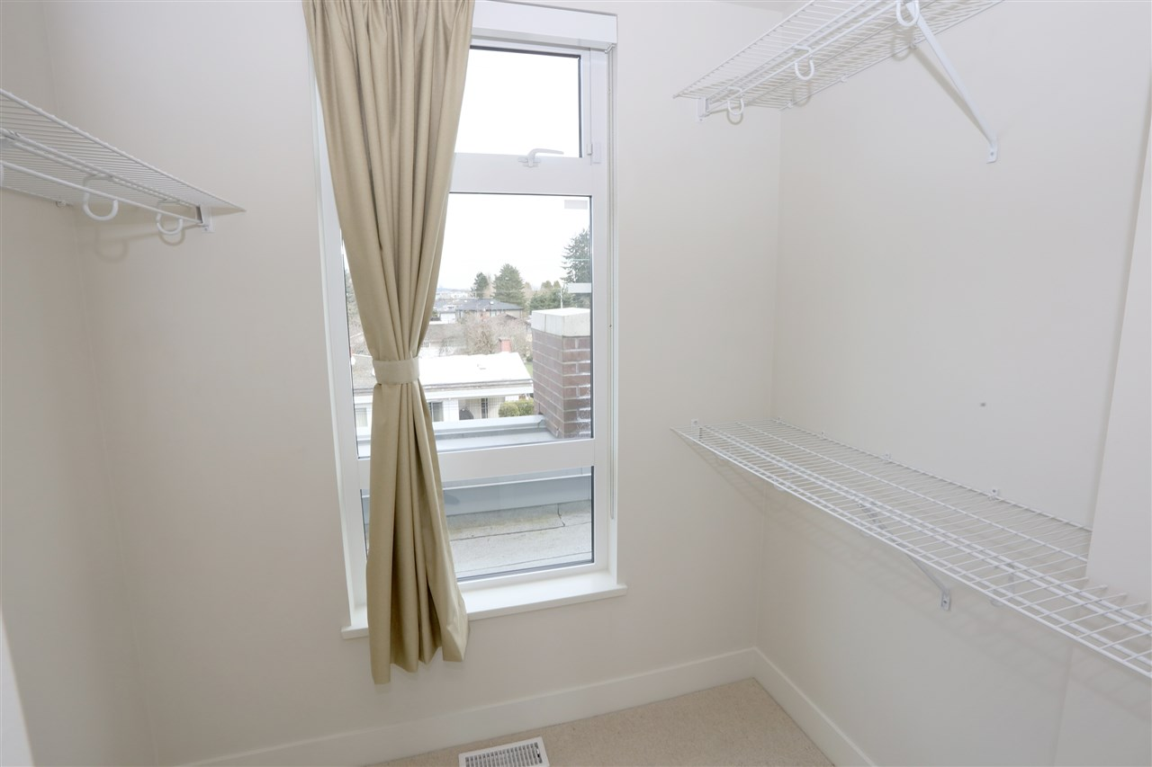 Townhouse at 6174 OAK STREET, Vancouver West, British Columbia. Image 13
