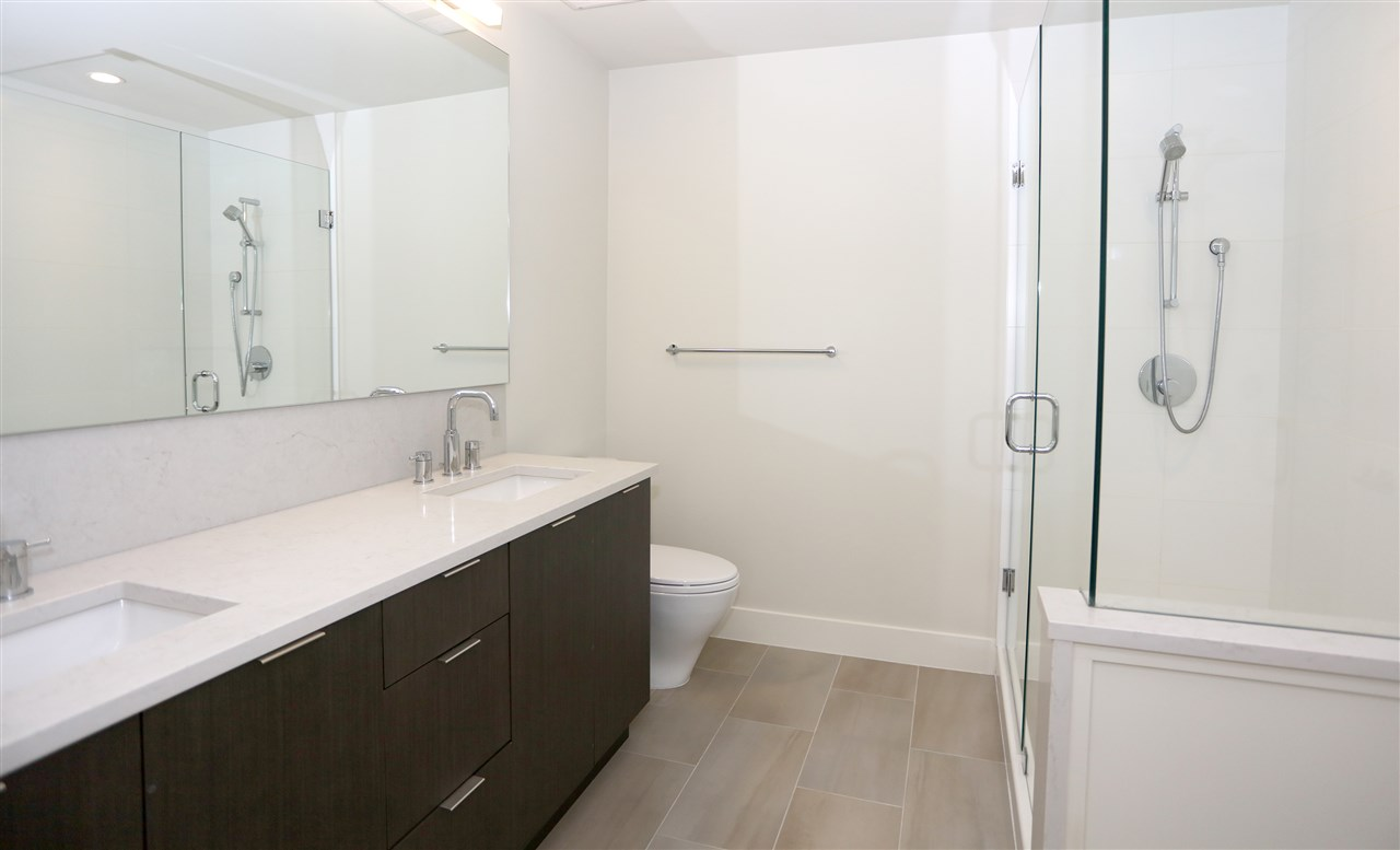 Townhouse at 6174 OAK STREET, Vancouver West, British Columbia. Image 15