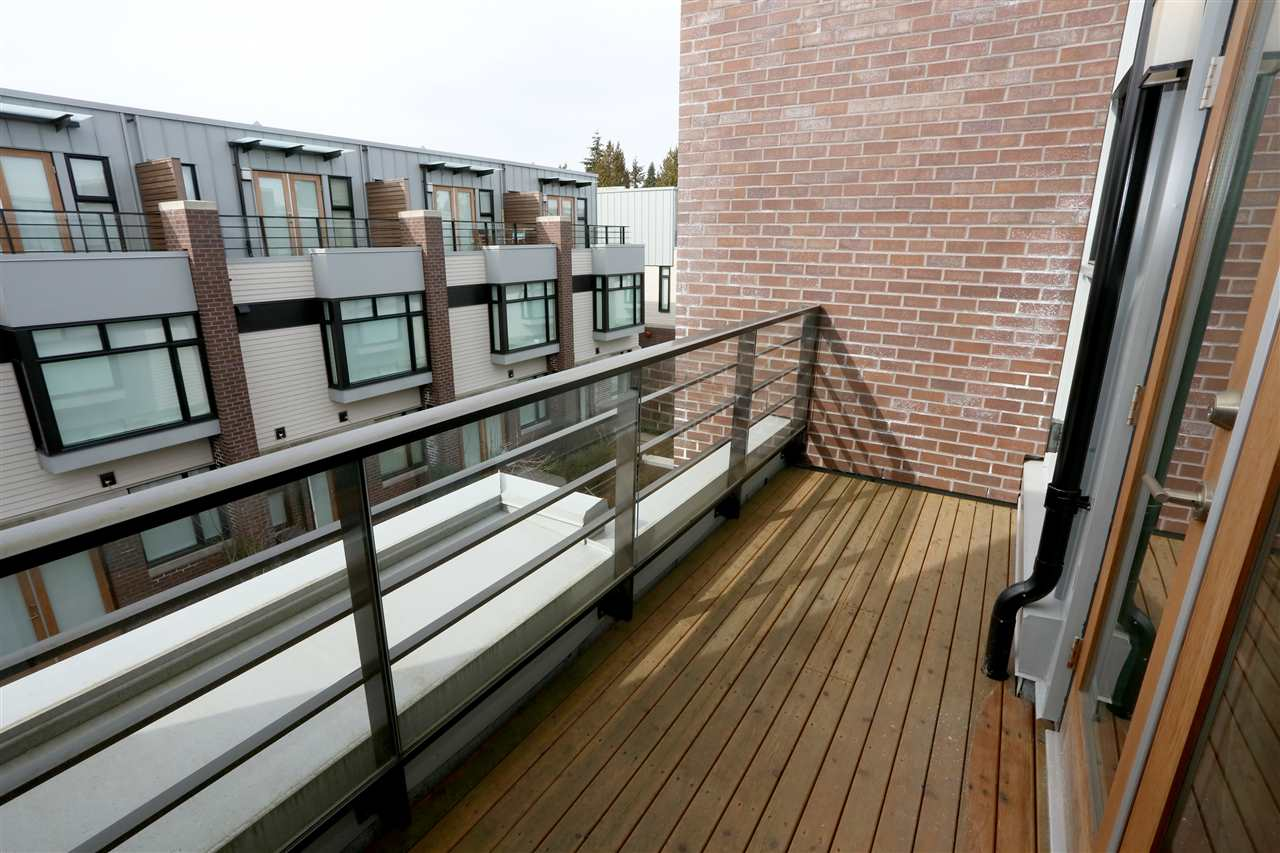 Townhouse at 6174 OAK STREET, Vancouver West, British Columbia. Image 16