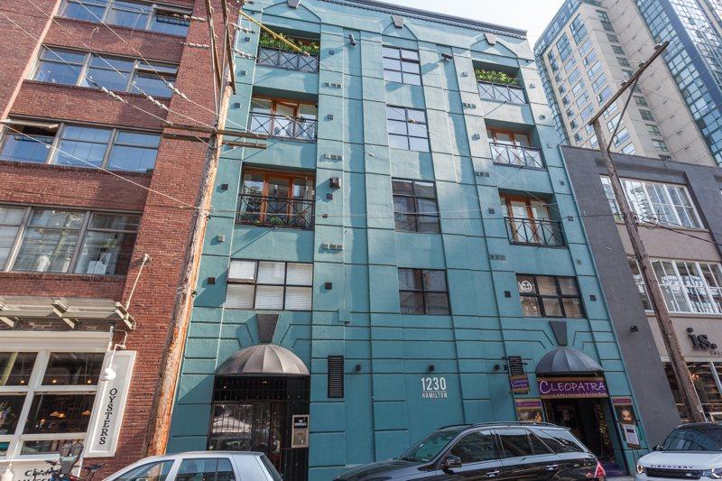 Condo Apartment at 302 1230 HAMILTON STREET, Unit 302, Vancouver West, British Columbia. Image 2